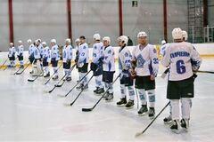 Хоккеисты 'Сокола' не получают зарплату и не могут тренироваться на льду
