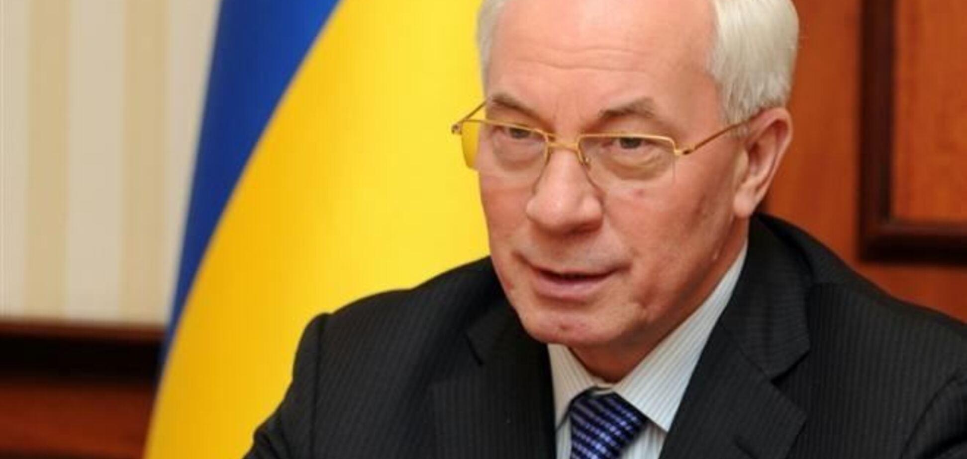 Азаров підпише в Москві близько 60 угод щодо МС - ЗМІ