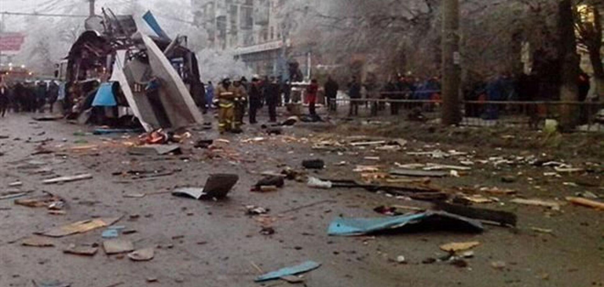 Азаров соболезнует в связи с терактами в Волгограде
