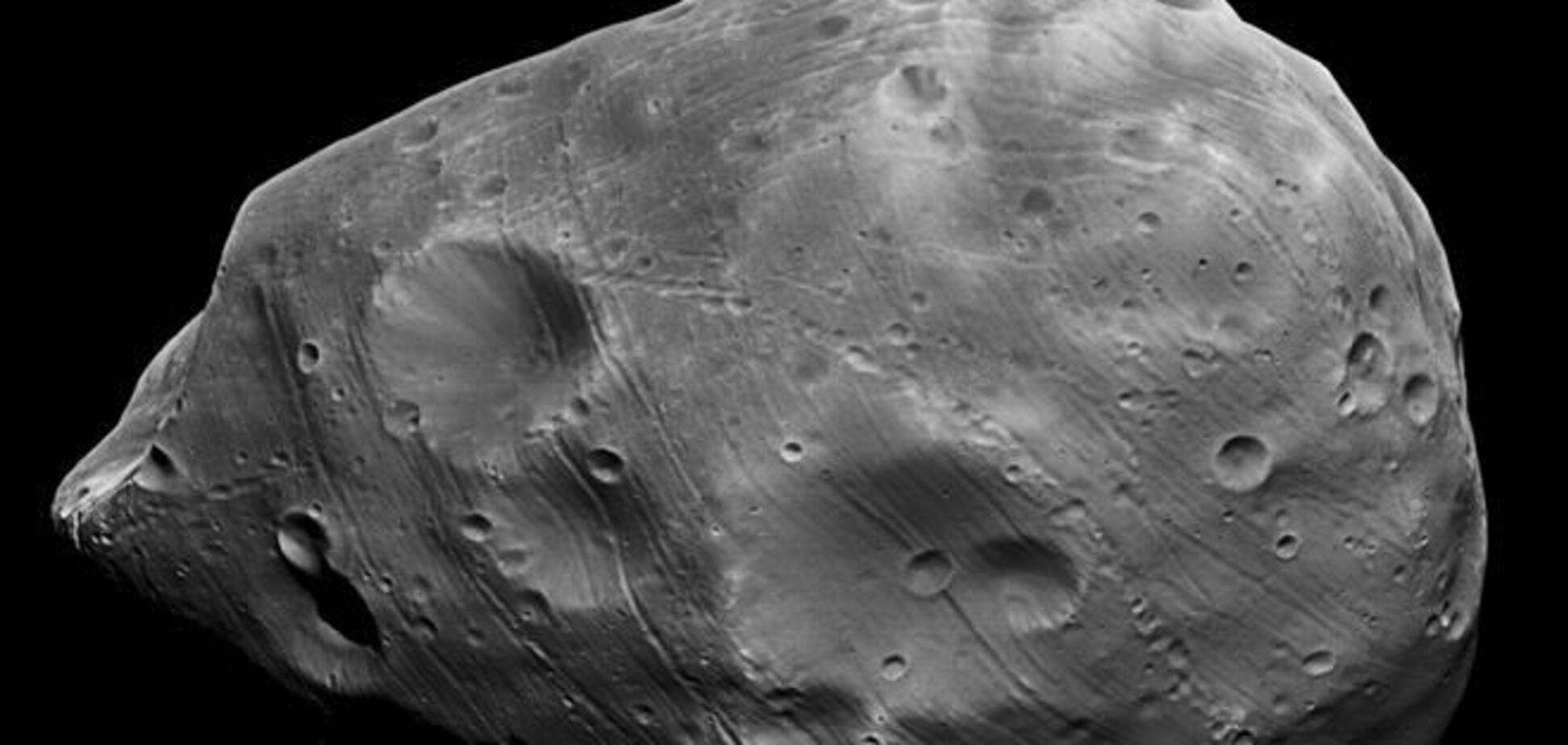 Ученые измерили гравитацию спутника Марса