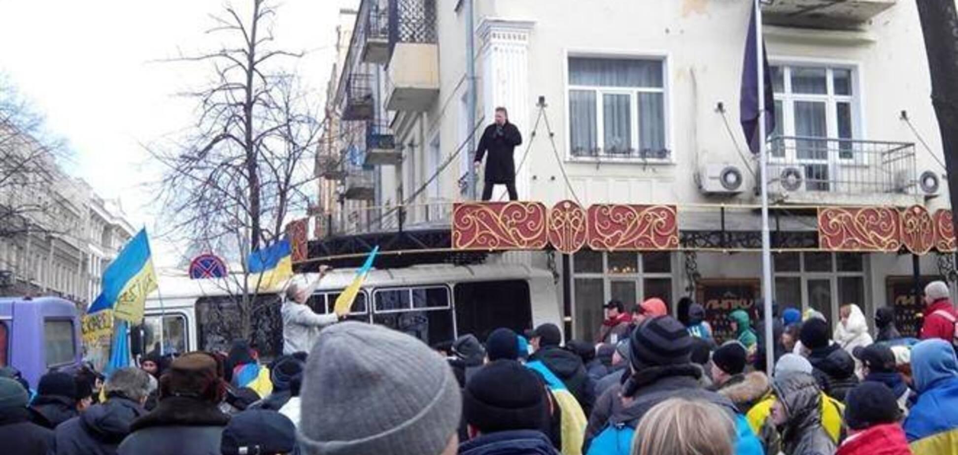 Миллионер Балашов издевается над митингующими в центре Киева