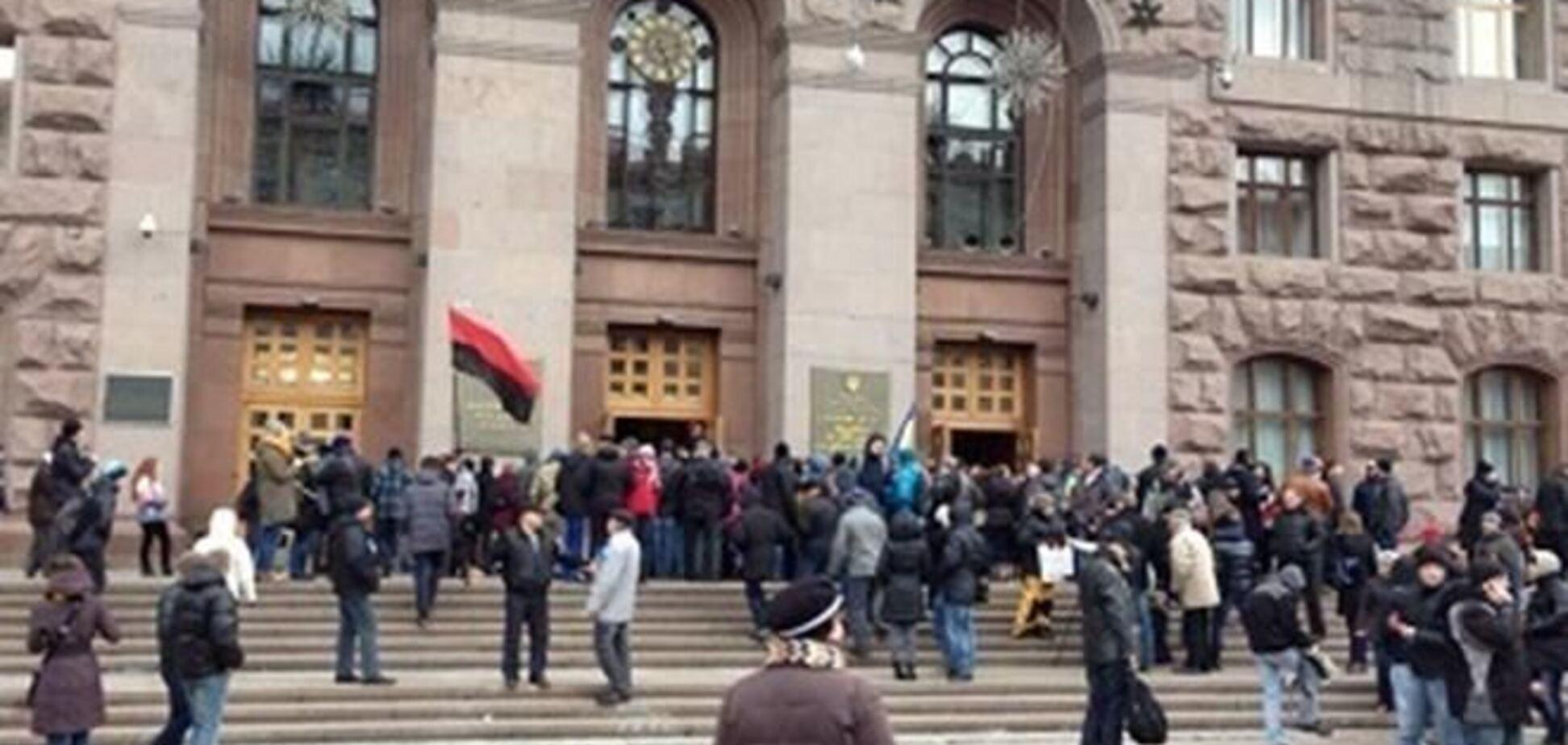 Госисполнители в четверг попросят активистов освободить захваченные здания