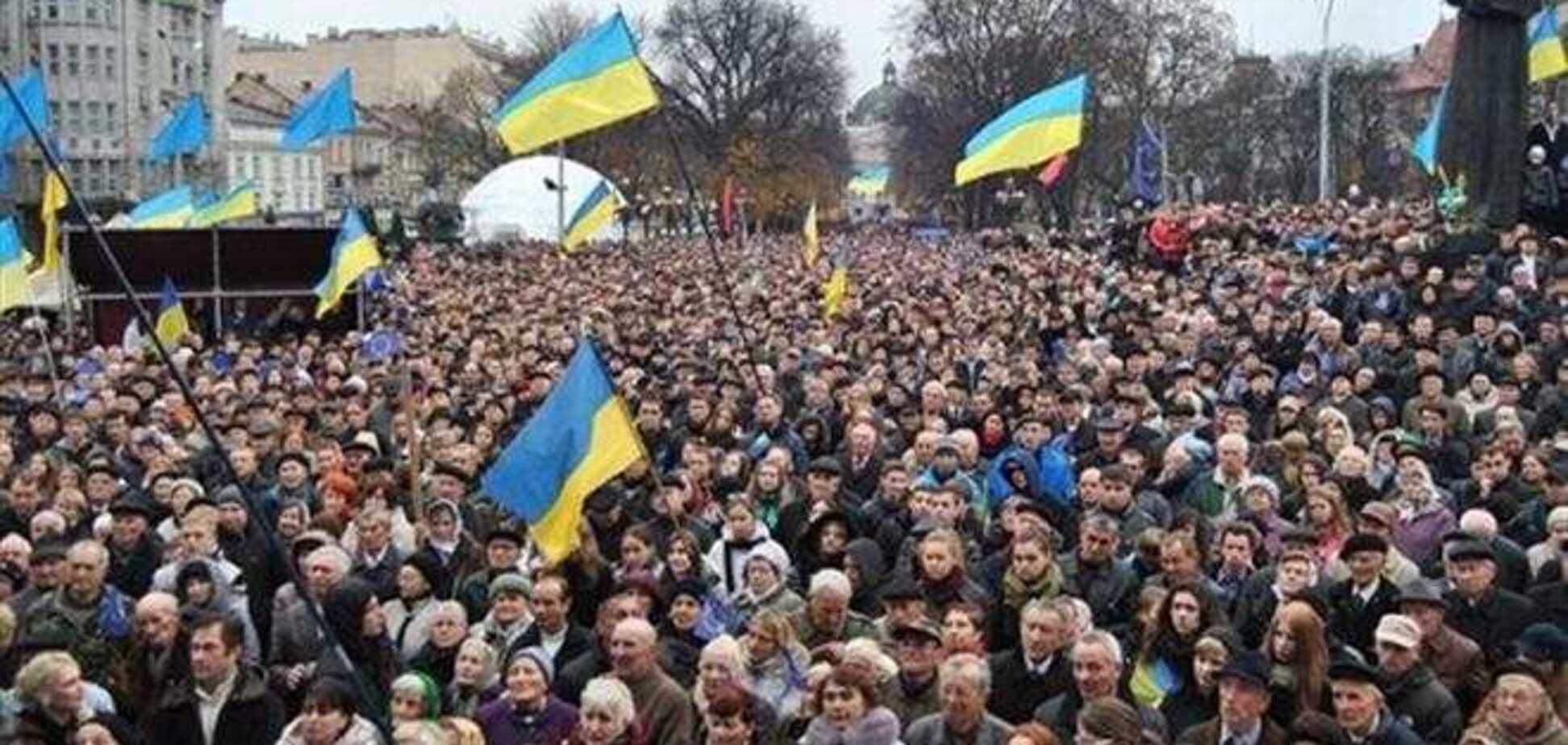 Западные области из-за Евромайдана могут недополучить бюджетную помощь – Азаров