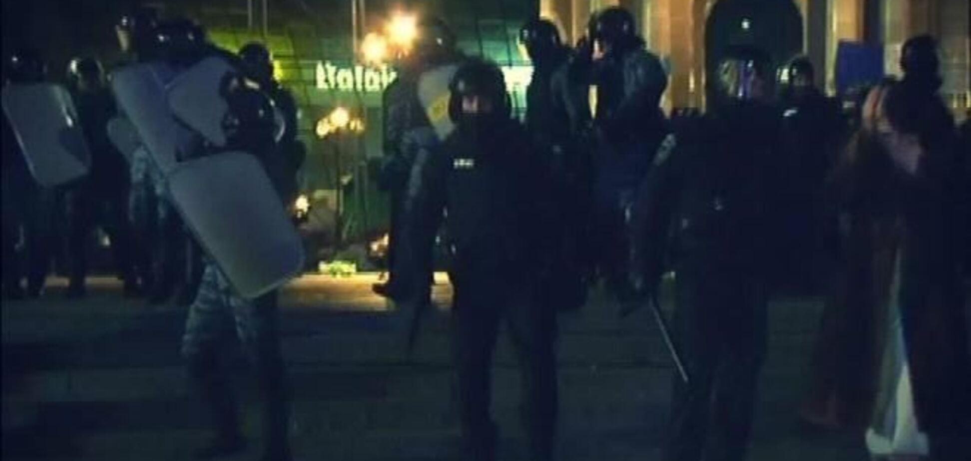 Оппозиция в суде требует освободить задержанных 'Беркутом'
