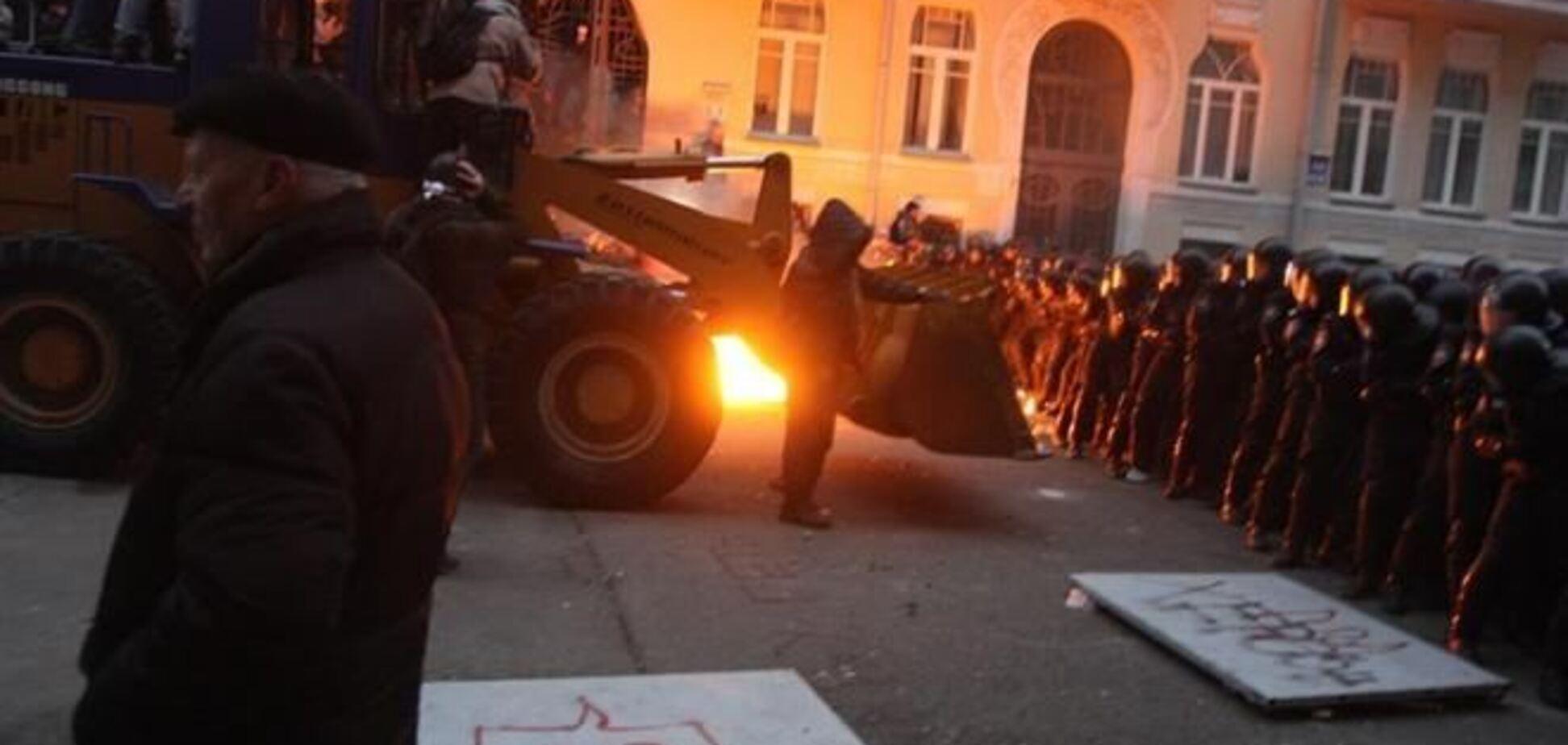 Командир 'Беркута' трактором на Банковой не управлял - МВД