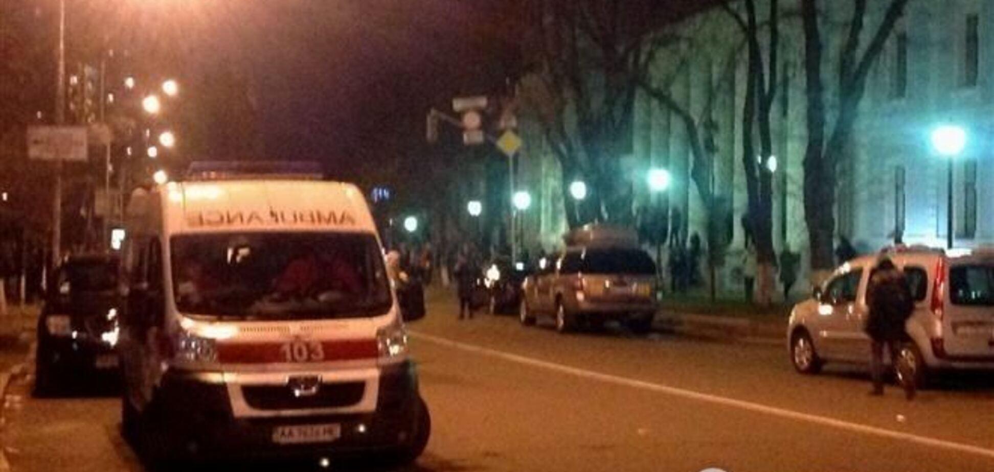 Во время акций в Киеве правоохранители получили тяжелые травмы - Азаров