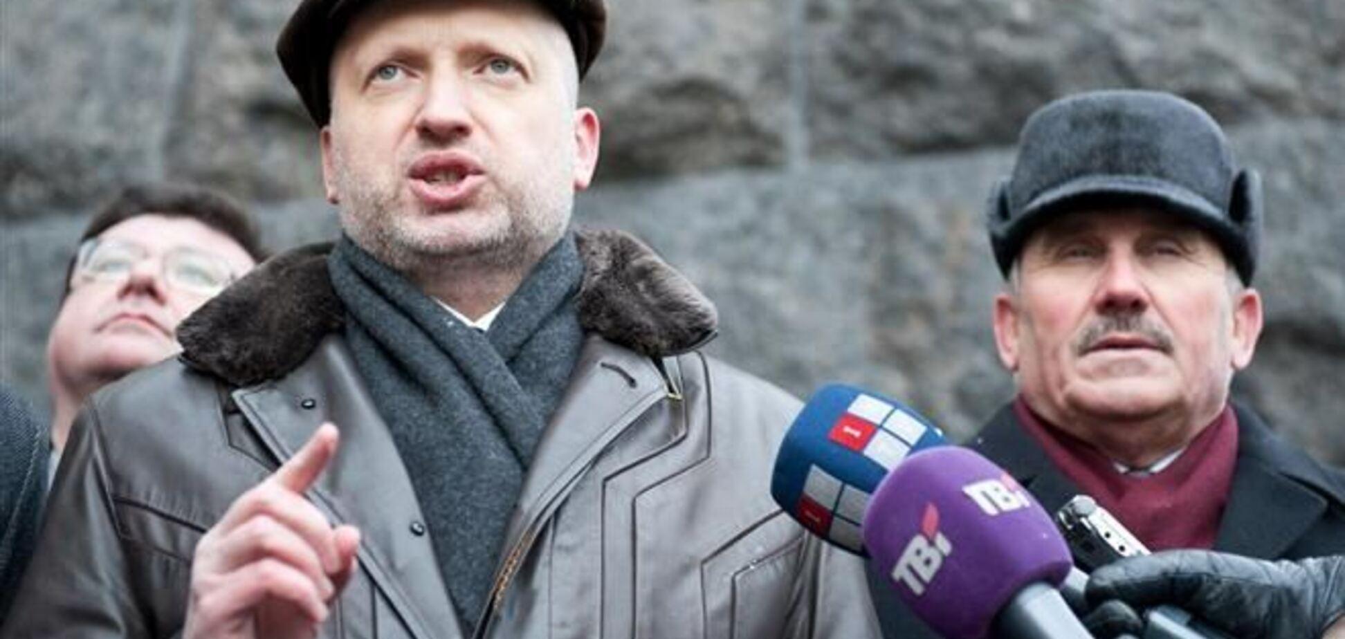 Евромайдан расширяется: через час палаточные городки будут в правительственном квартале