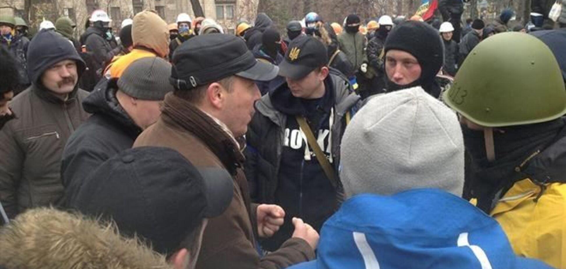 Возле Майдана замечены отряды самообороны