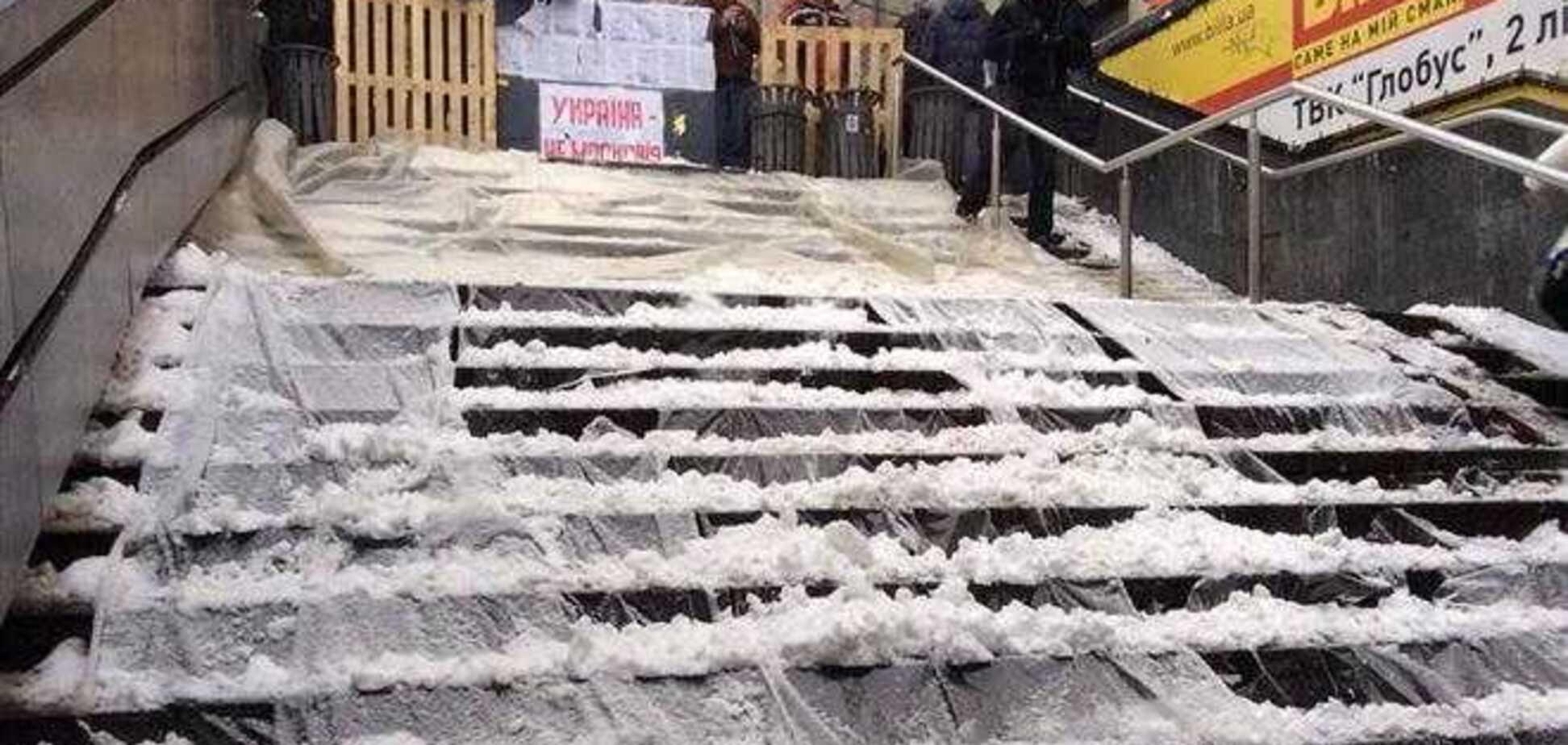 Евромайдановцы строят 'ловушки' для милиции на выходах из метро