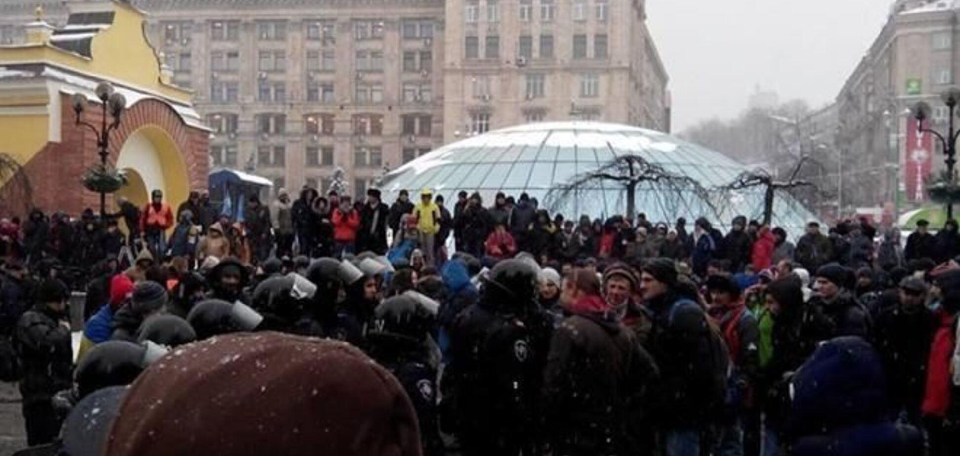 На Евромайдане усилили контроль за пьяными
