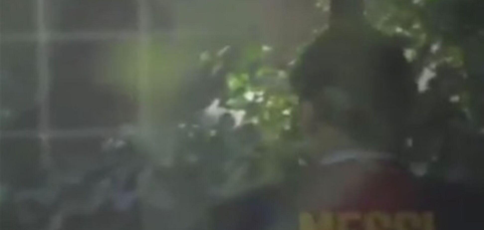 Месси-повар кормит знаменитого Моуриньо. Видео