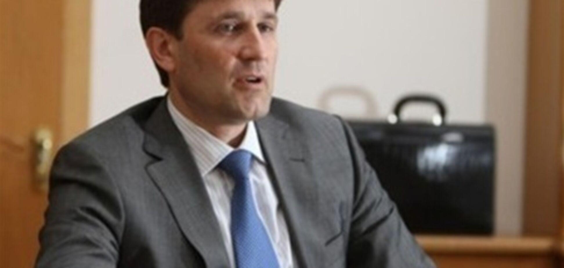 Донецький губернатор згоден 'тиснути' журналістів, але не всіх