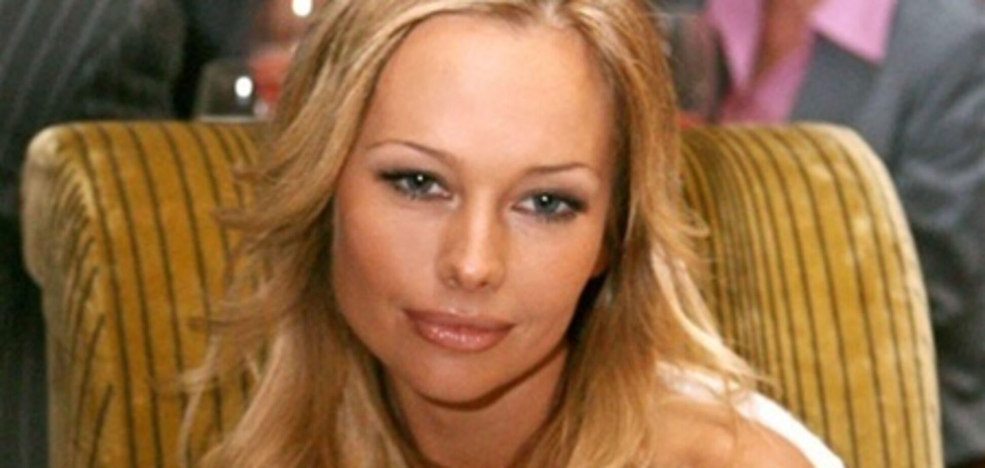 Корикова решила разбить семью своего женатого любовника