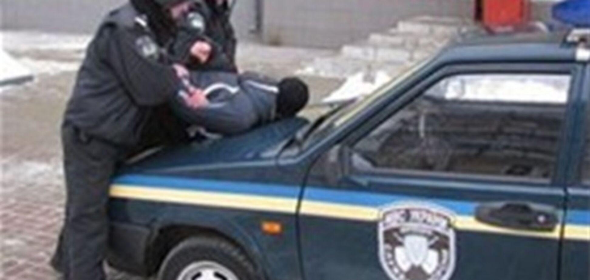 В Харькове задержали грабителя, подрезавшего таксиста