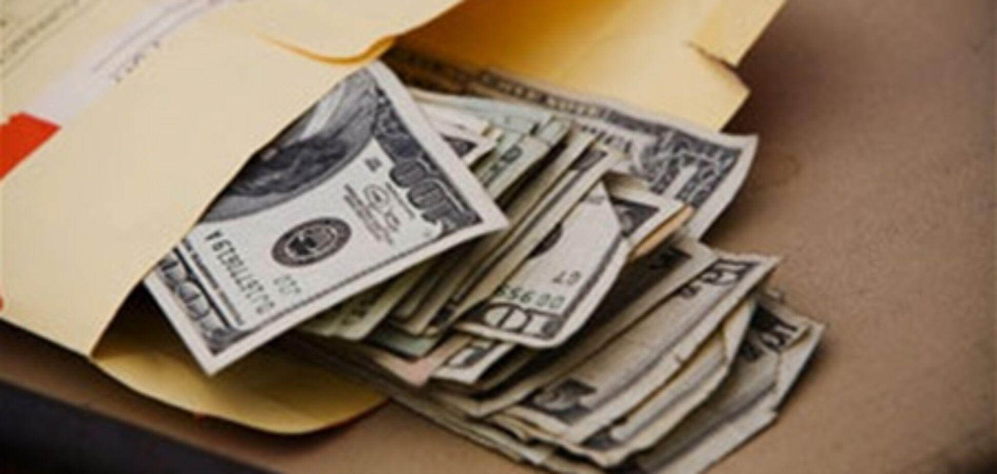 В Севастополе чиновник попался на взятке в $157 тыс