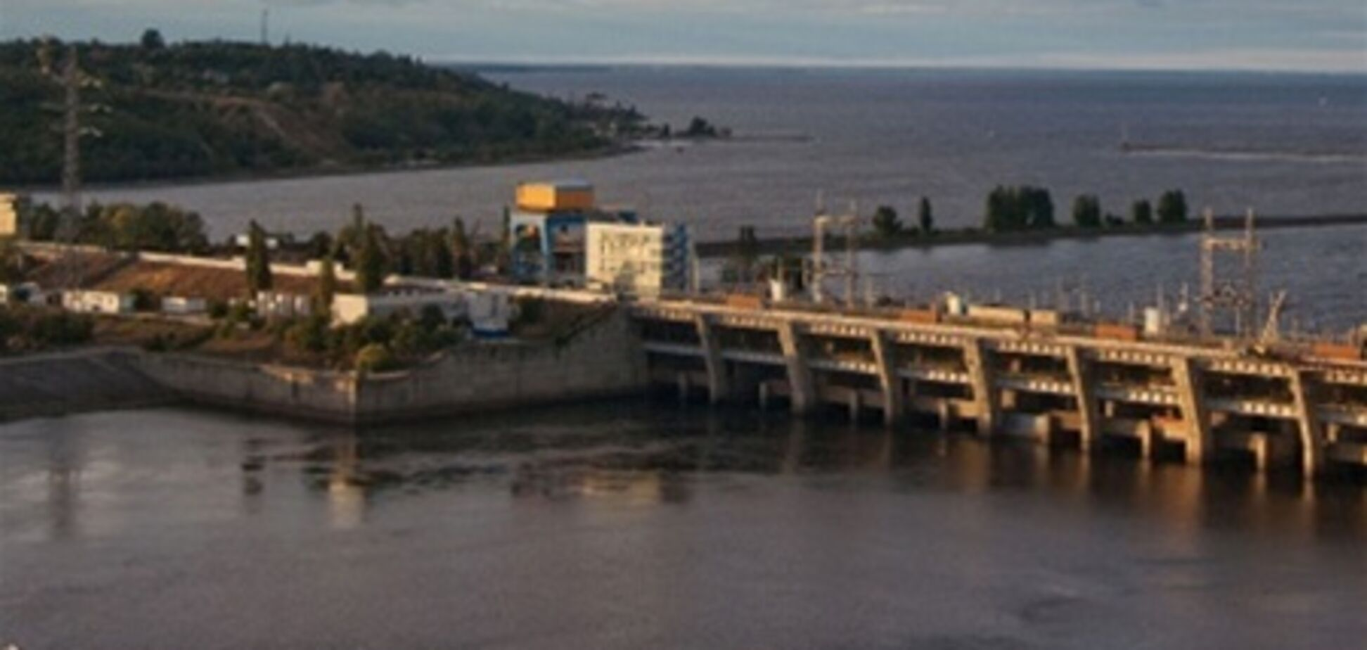 Присяжнюк: дамба Киевской ГЭС сейчас крепче, чем 20 лет назад