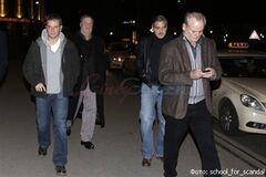 Клуни устроил мальчишник в Германии. Фото