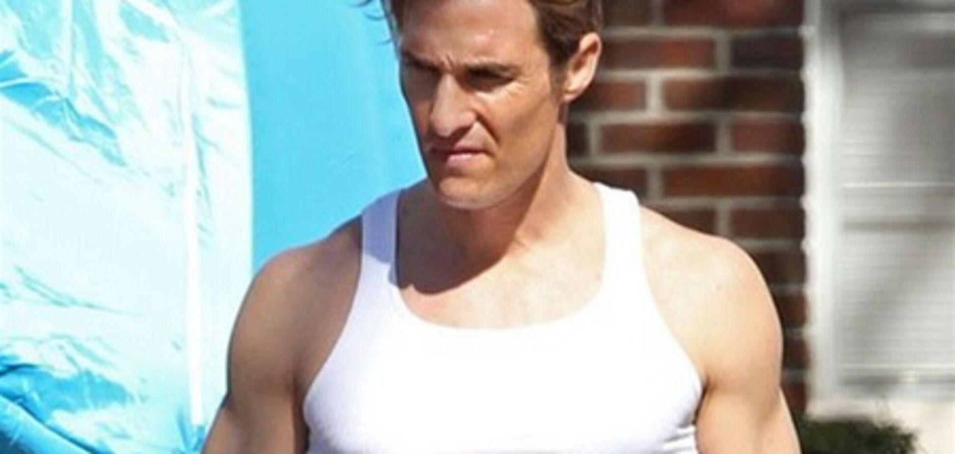 Мэттью МакКонахи снова красив и мускулист