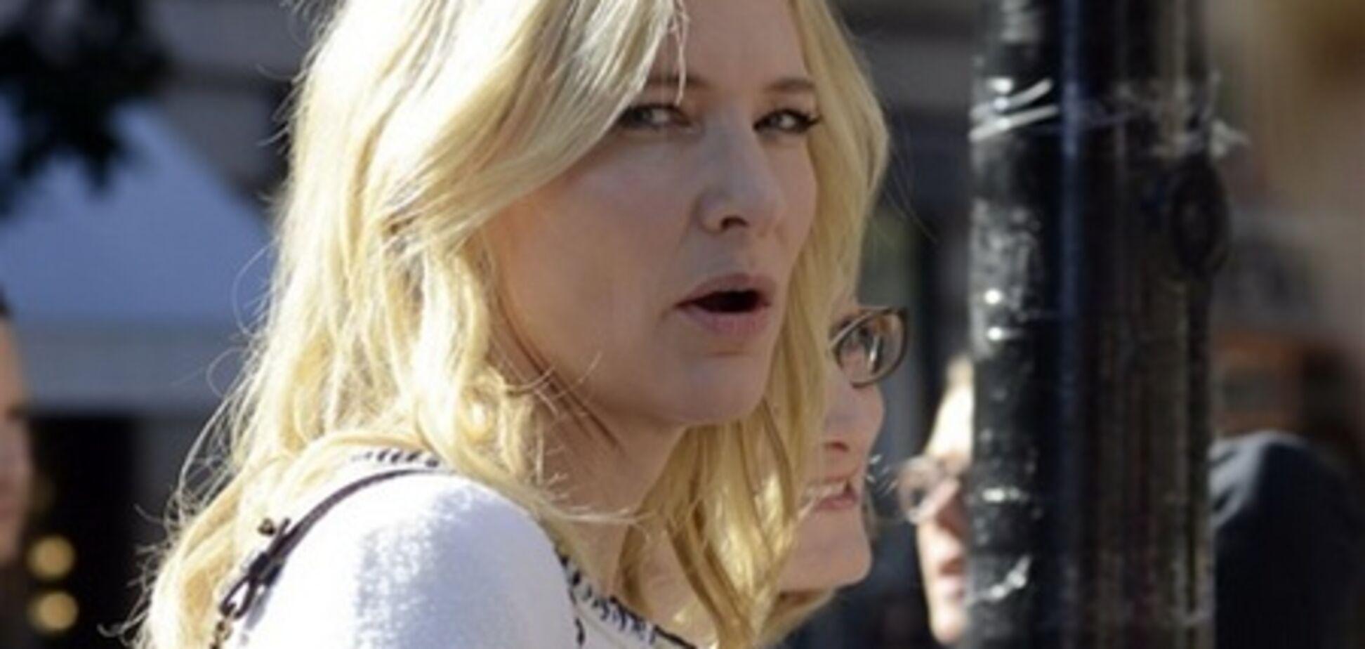 Кейт Бланшетт станет 'сварливой женщиной, больной раком'