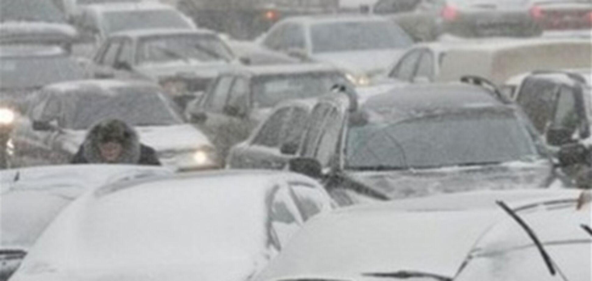 На трассе 'Киев-Чоп' образовалась 15-км пробка