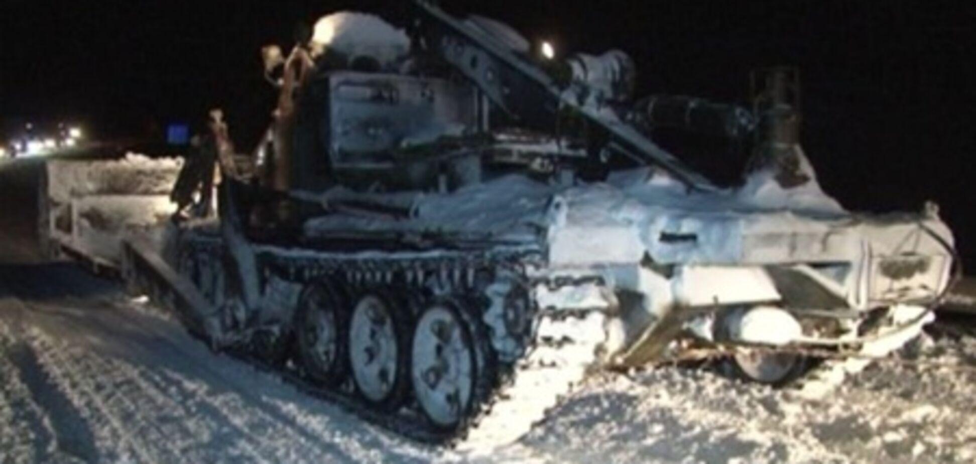 На Львовщине из снежного плена освободили 13 скорых и 50 автобусов