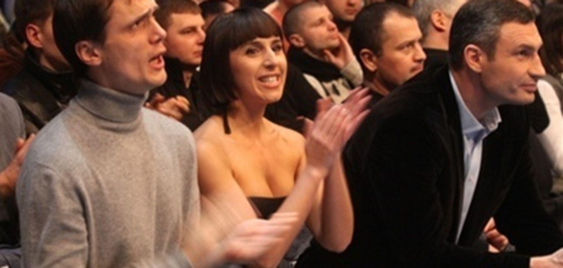 Зірки насолодилися турніром братів Кличків. Фото. Відео