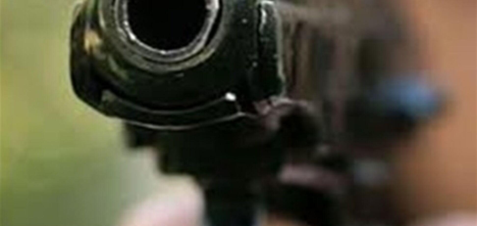 75-летний киевлянин устроил стрельбу из револьвера
