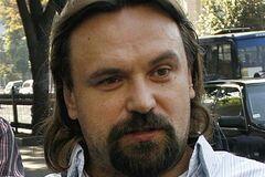 Как Мирошниченко оскорблял девушку-кассира, говорившую с ним по-русски