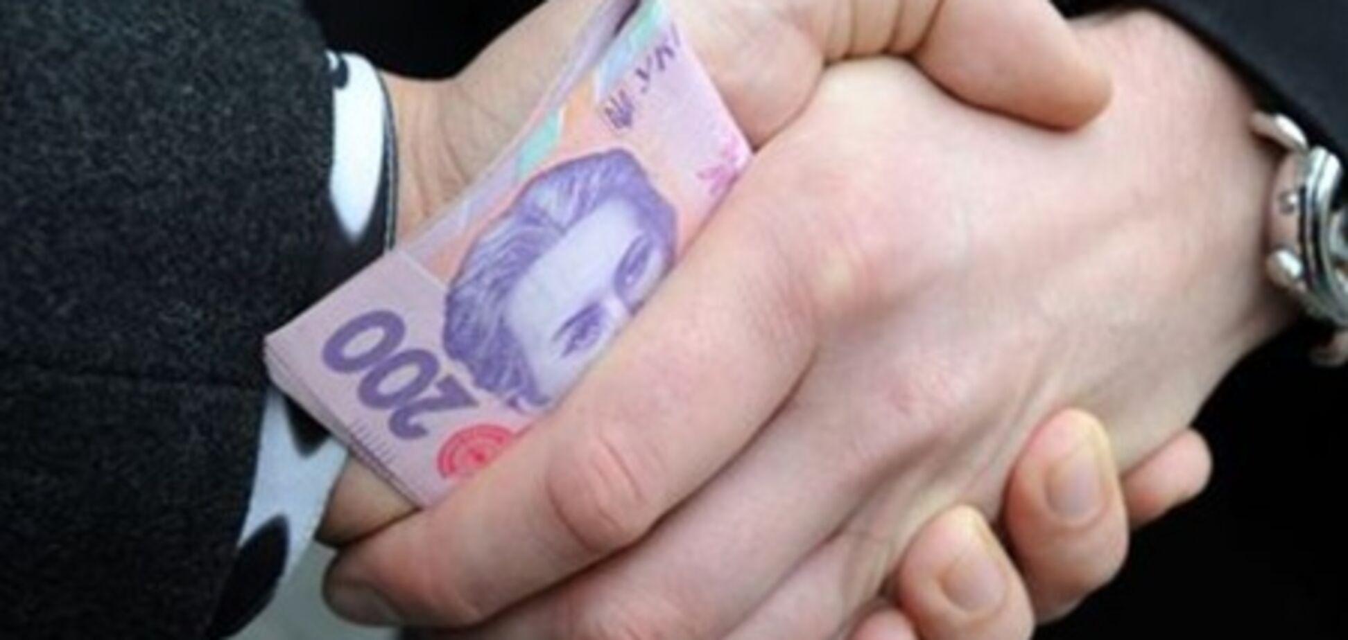 Директора Киевского дворца детей поймали на взятке