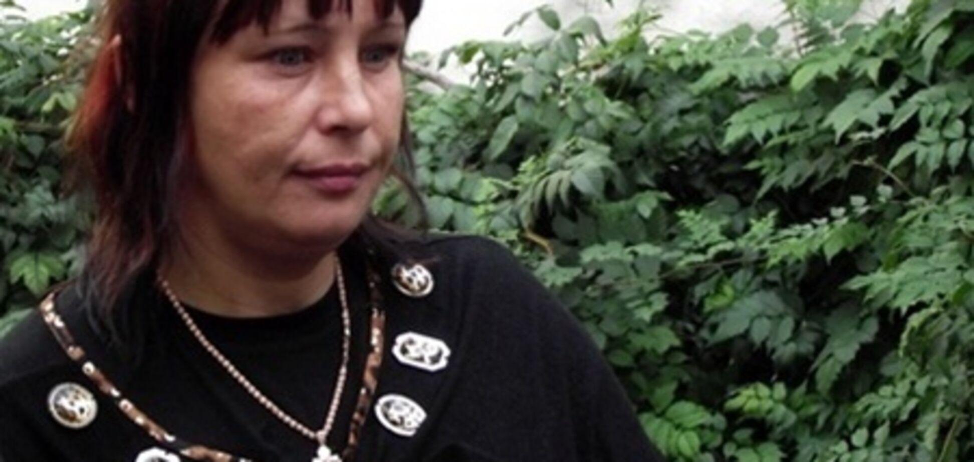 Мать Макар снова просит украинцев 'скинуться на Оксану'