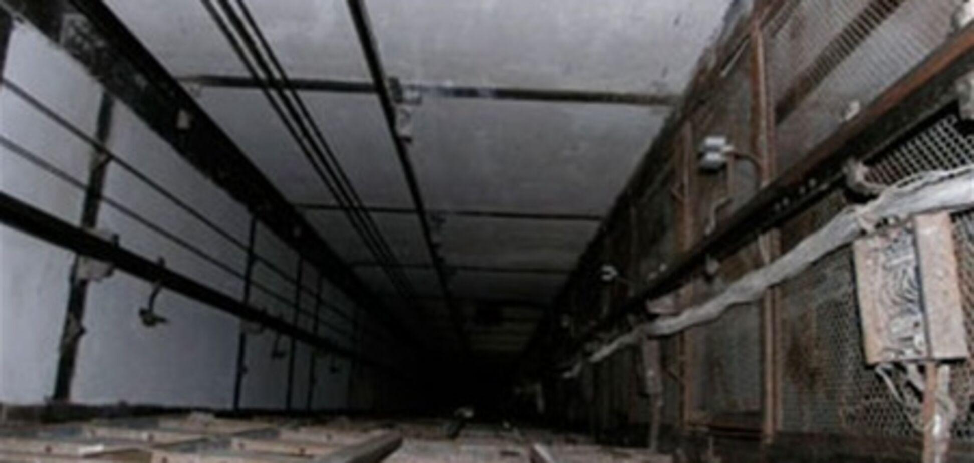 В Запорожье женщина погибла, упав в лифтовую шахту