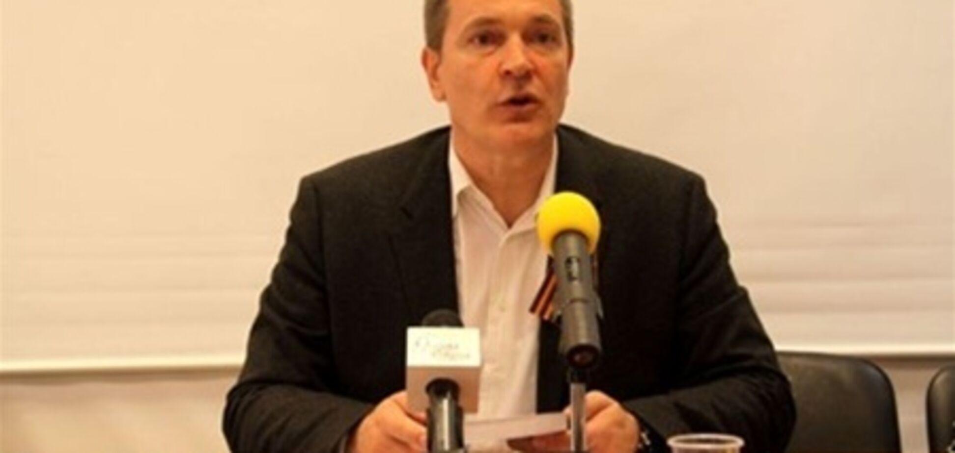 Нардеп Колесніченко затіяв скандал, тому що його не впізнали