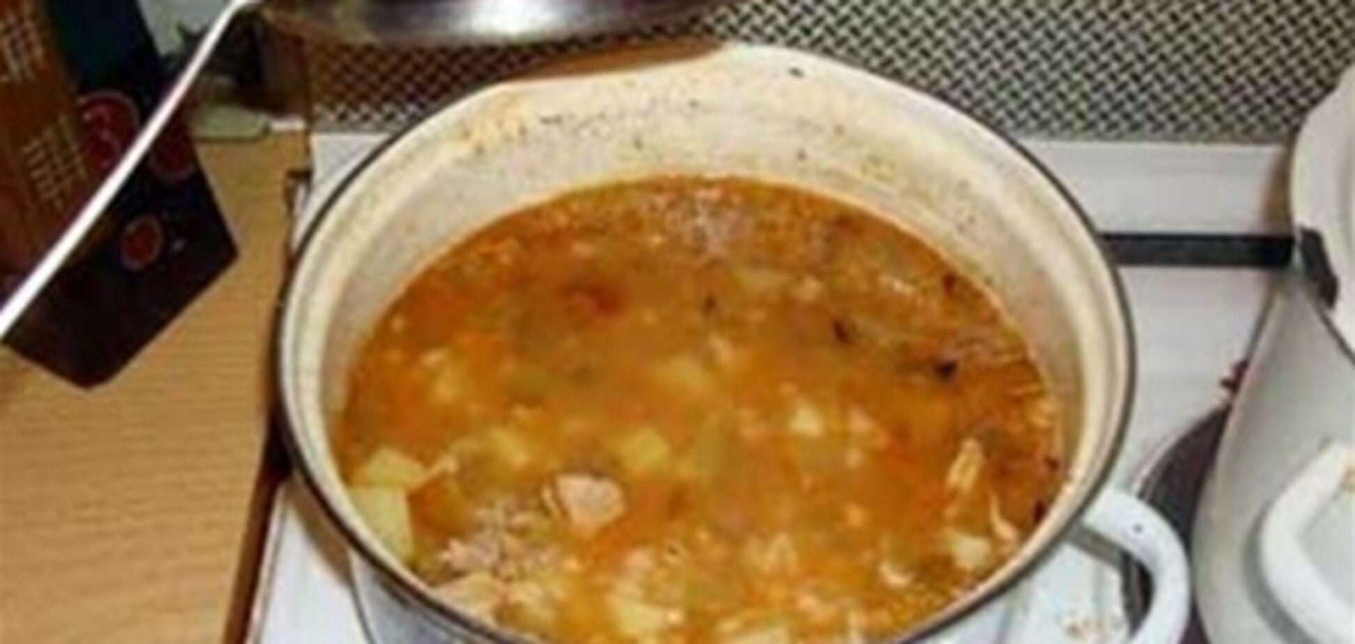 У Росії хлопець вкрав у сусіда каструлю супу