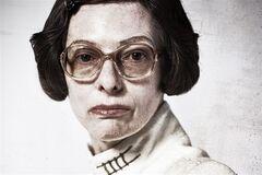 Постеры к фильму 'Сквозь снег': угадай актера за гримом