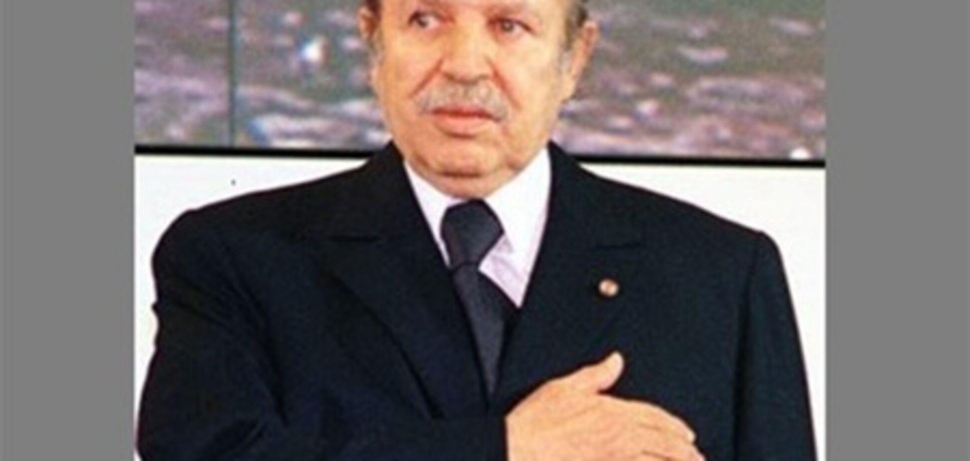 Президент Алжиру пішов на поправку після інсульту