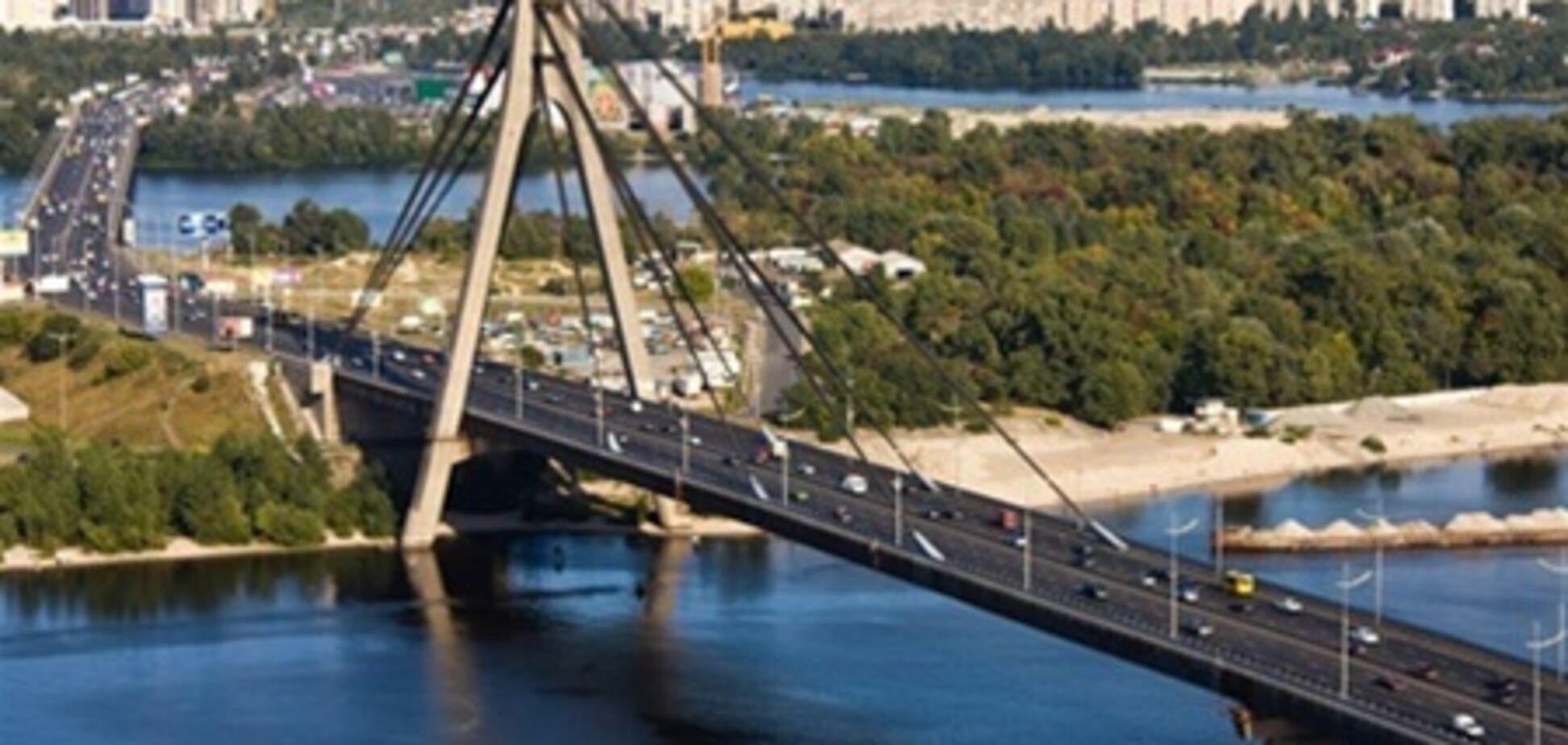 Московский мост перекроют из-за ремонта