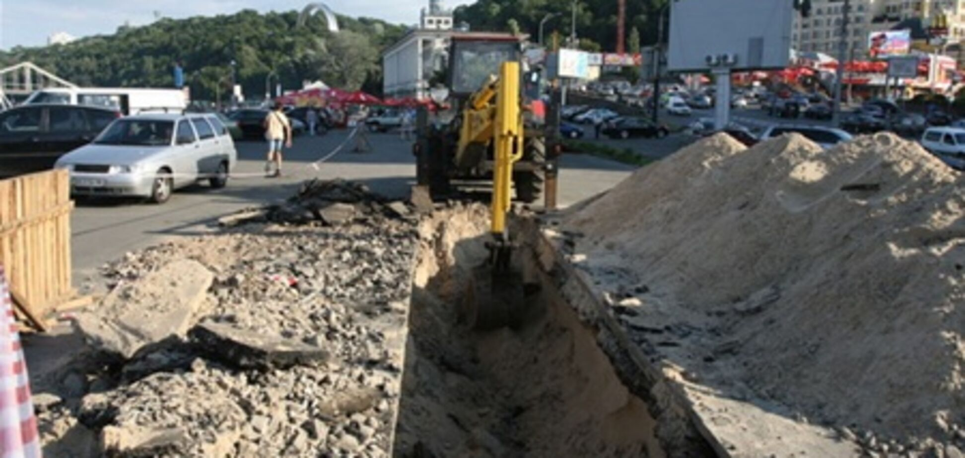 Подземный ТРЦ на Почтовой мешает строить газопровод