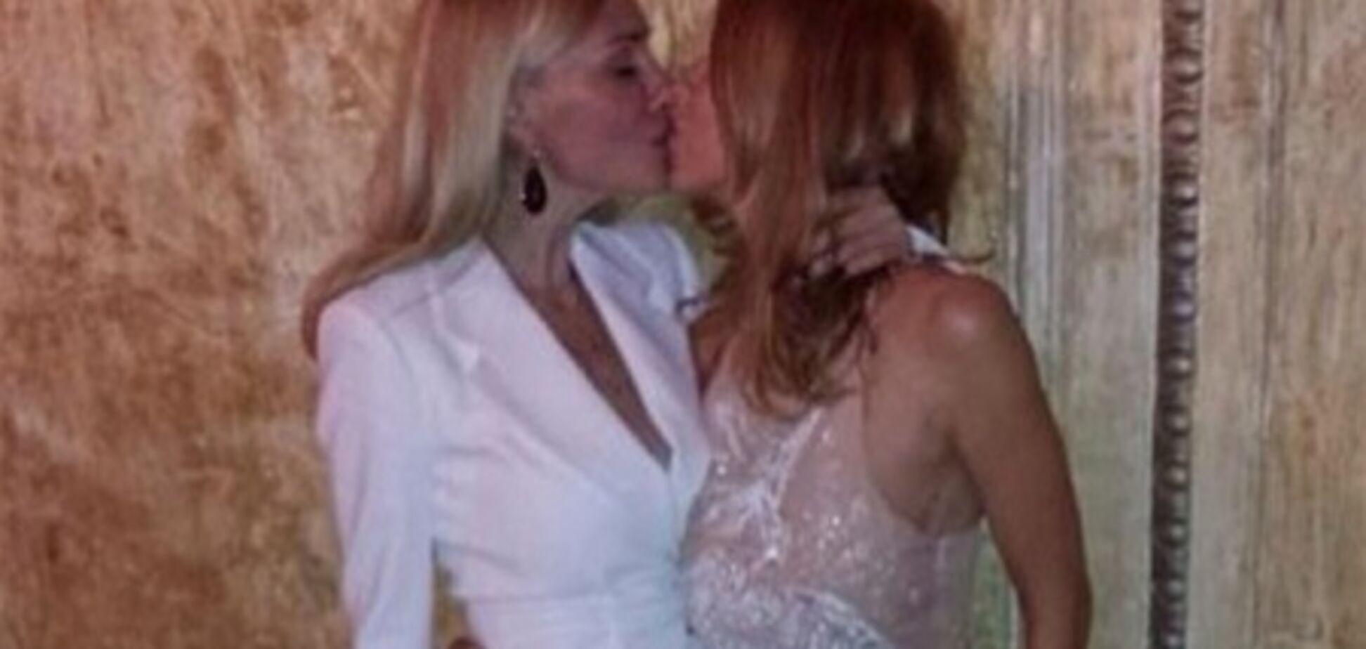 Дружина мера Харкова по-дорослому поцілувалася з подругою