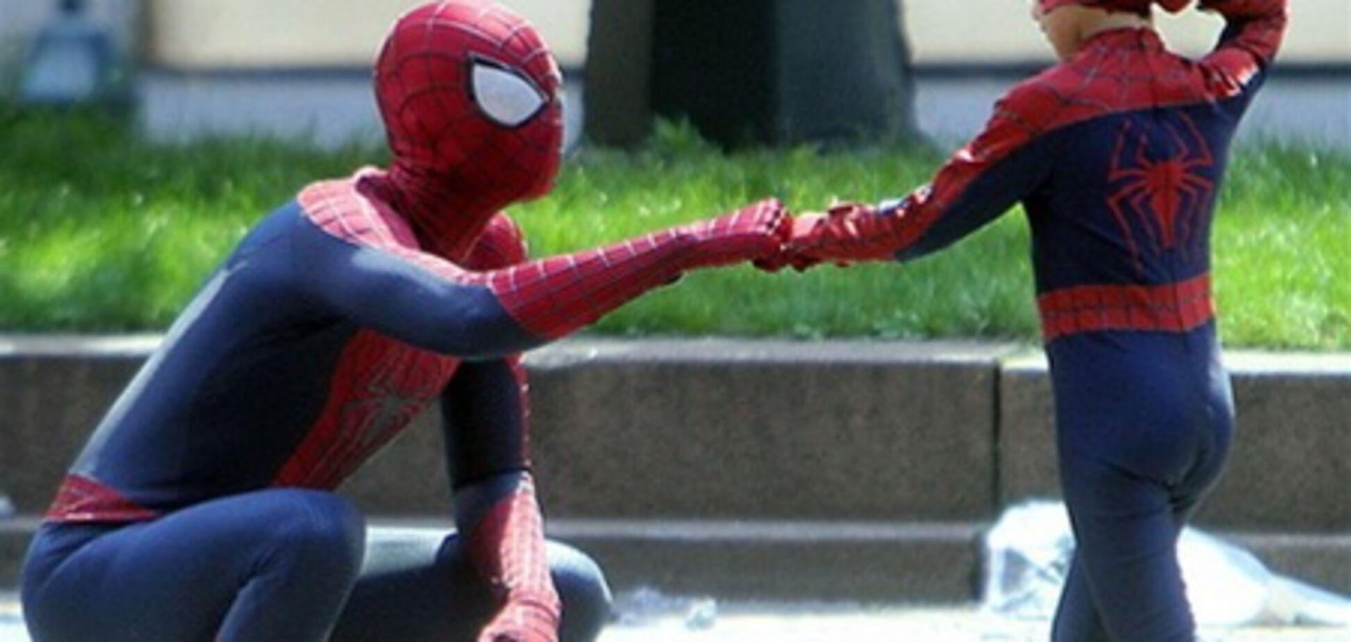 Человек-паук большой и маленький