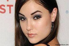 Порнозвезда Саша Грей назвала Lada Kalina несравненной