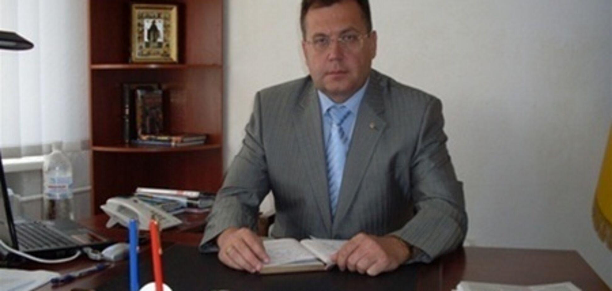 На Донетчине мэра выгнали из ПР за 'нарушение дисциплины'
