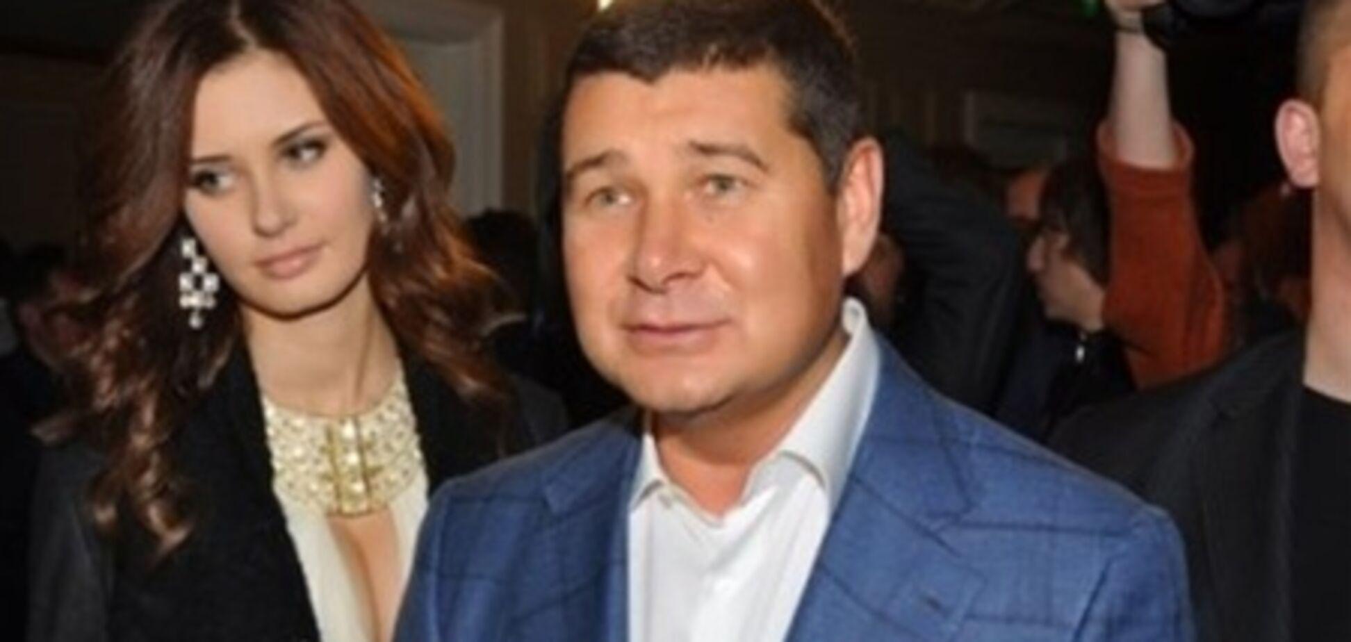 Нардеп Онищенко відірвався на елітній тусовці