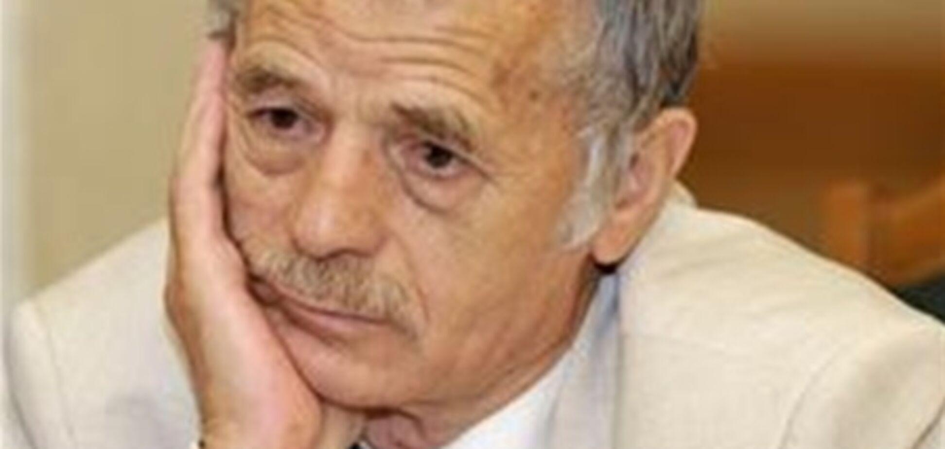 Джемілєв приїхав на похорон жертви сина