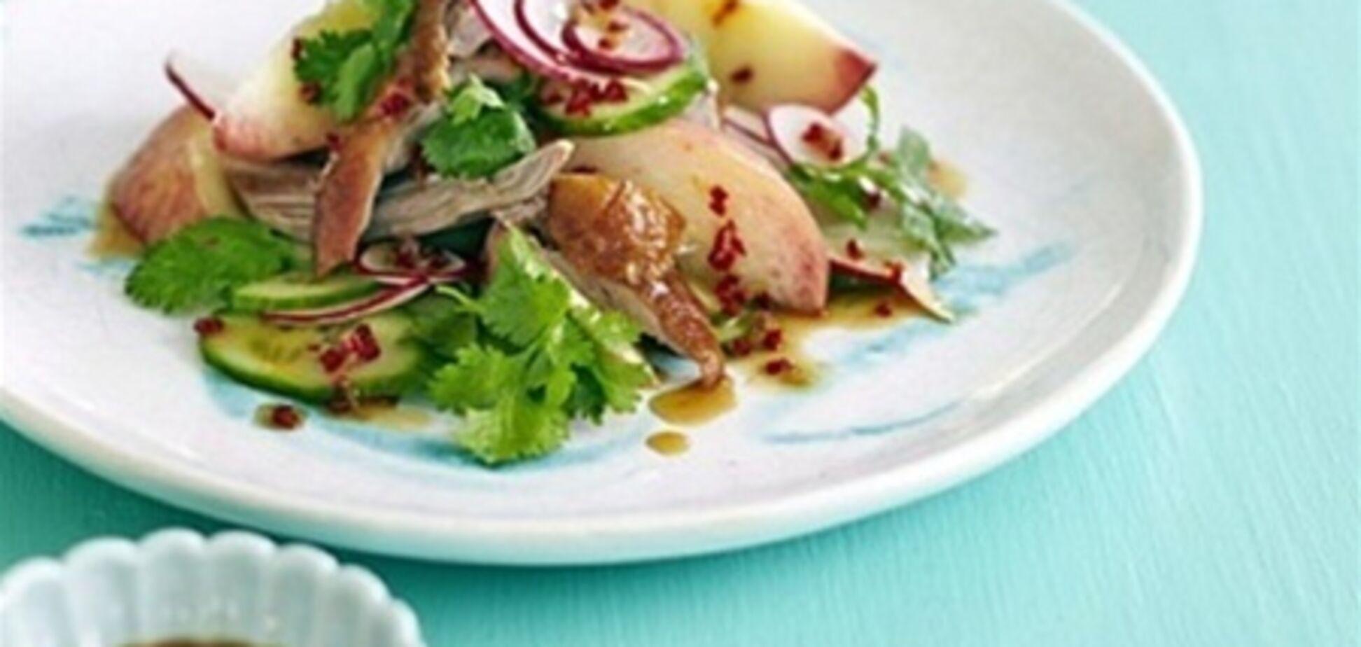 Салат із качки та персика