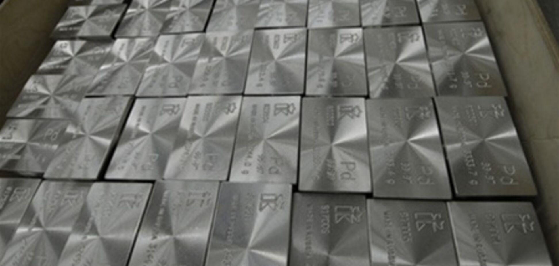 НБУ поднял в цене платину и палладий