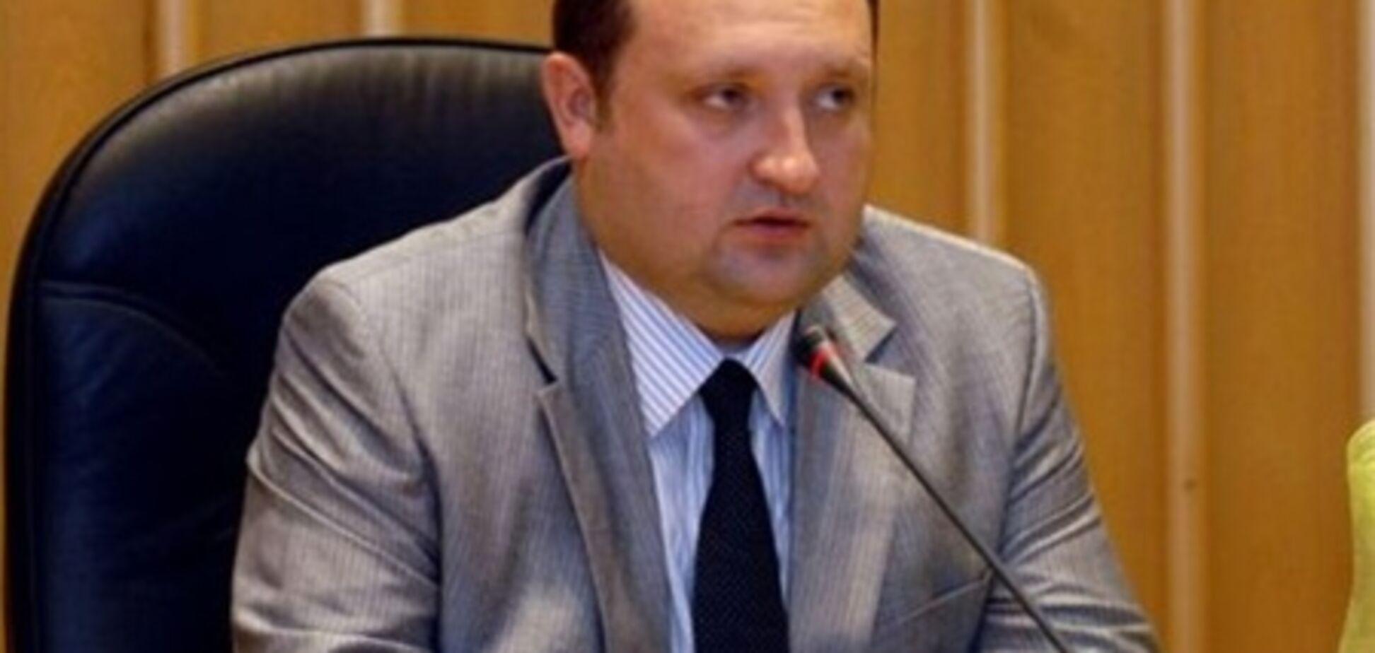 Арбузов обіцяє забезпечити гідний відпочинок дітям