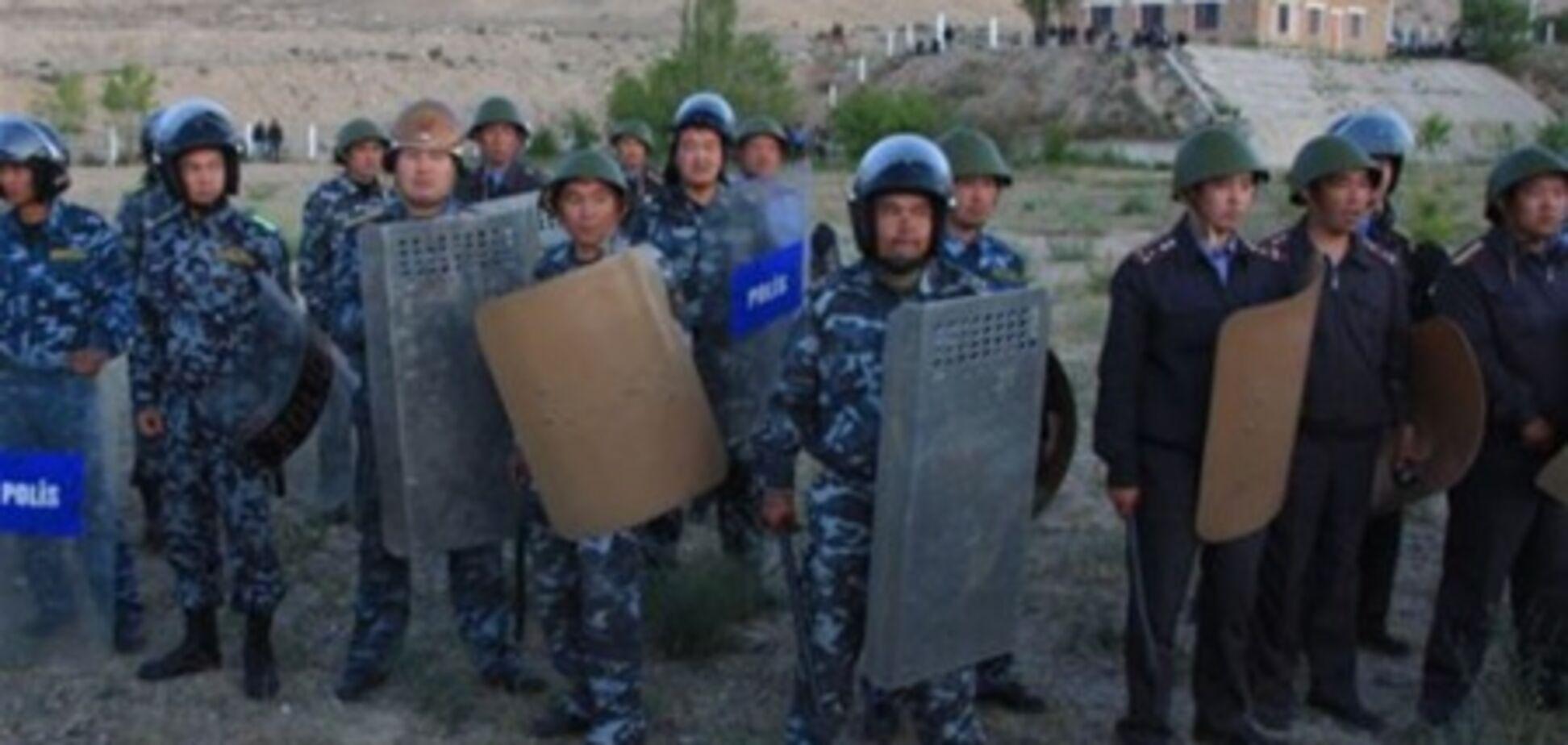 Митингующие в Кыргызстане выдвинули политические требования