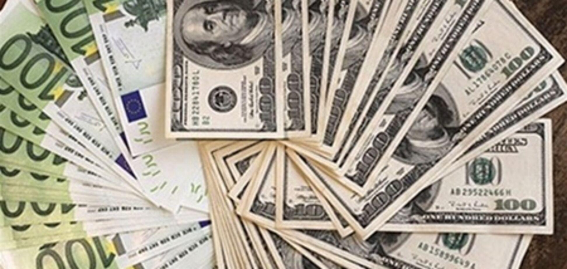 Эксперты: курс доллара в июне может повыситься