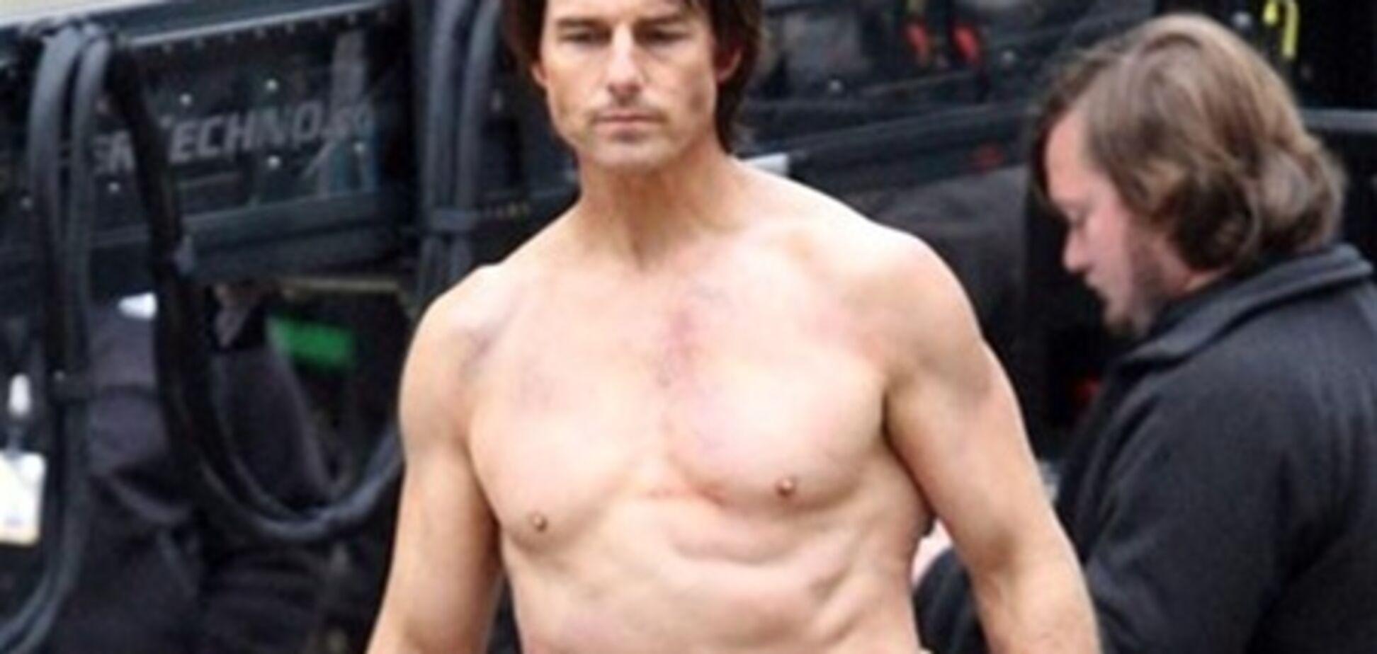 Том Круз станцював голим перед екс-коханої
