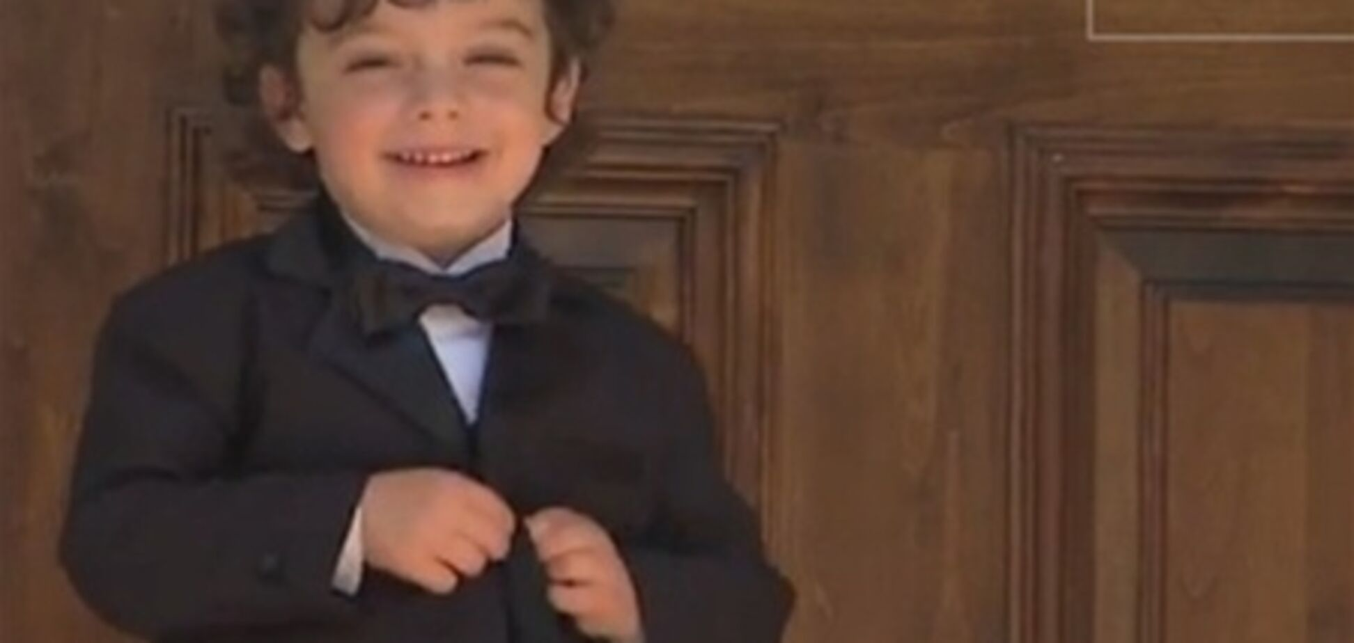 У США в шоу 'Холостяк' героєм став 4-річний малюк. Відео